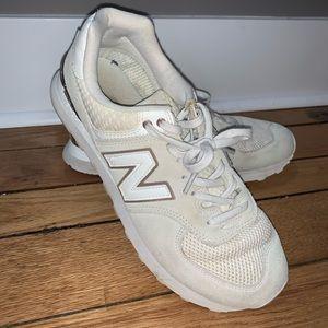 Nike New Balance 574